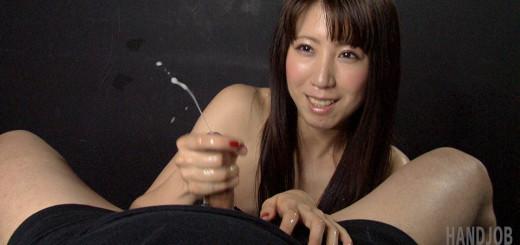TekokiJapan presents Hinami Ryo giving a handjob