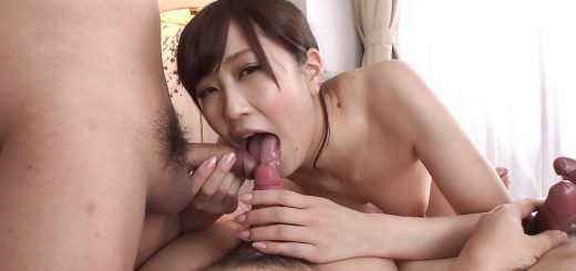 Kotone Amamiya plays with pussy in sensual modes